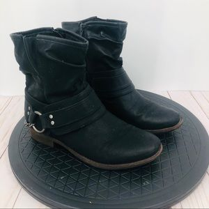 Maurices Women's black pho leather Moto boots 8.5